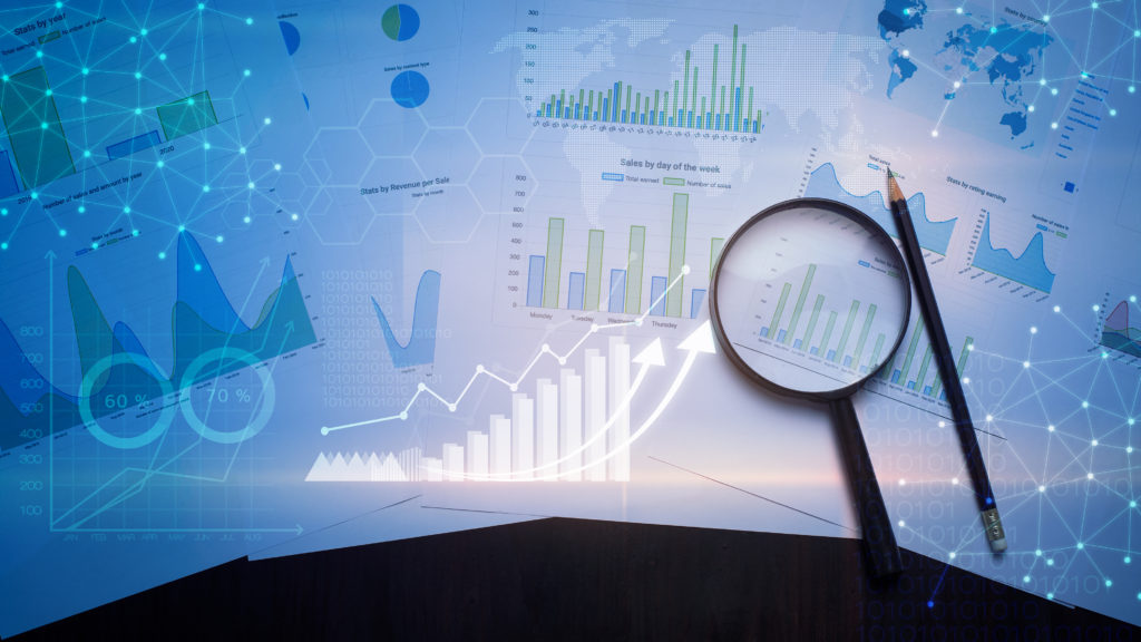 How business analytics qualities help in decision making